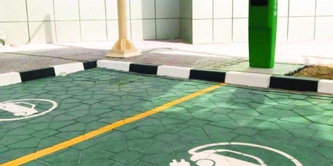 50 محطة شاحن أخضر للسيارات الشهرين المقبلين - دوت امارات
