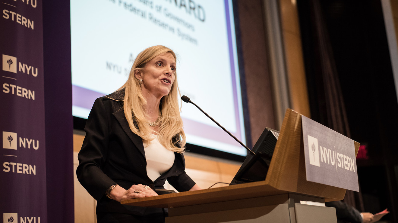 Fed's Brainard says an inverted yield curve won't get in way of rate hikes - Dotemirates