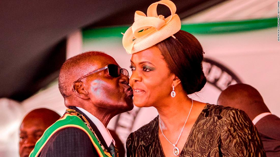 'I looked at her lustfully, then kissed her,' Mugabe on wooing his wife - Dotemirates