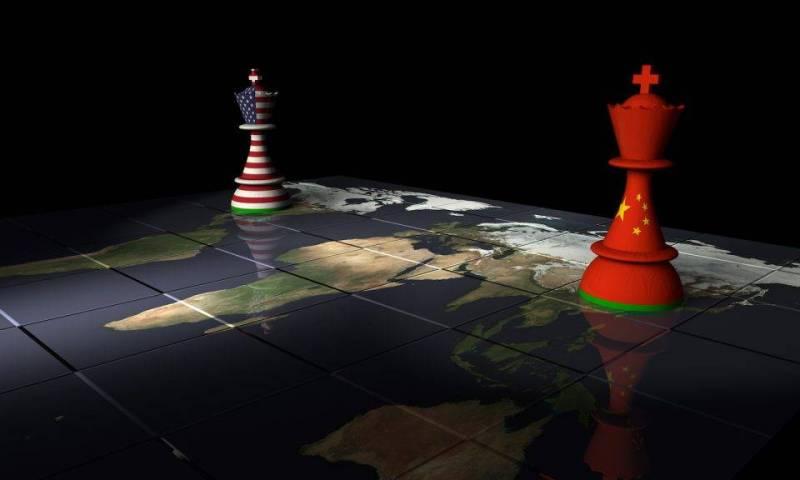 حرب الرسوم الجمركية الأميركية - الصينية تطغى على نقاشات منتدى آسيان الاقتصادي - دوت امارات