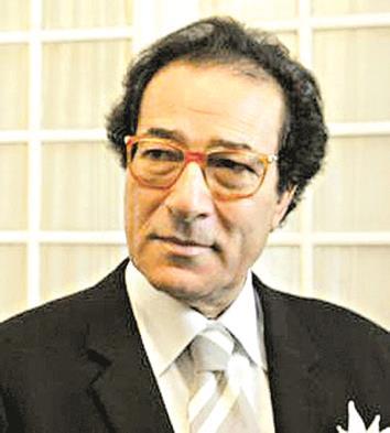 معركة فاروق حسني وجلال الشرقاوي تجددت بـ «تصريحات مسيئة» - دوت امارات