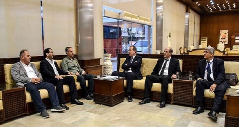 رجال أعمال بالكويت يوقعون في سوريا عقودا بقيمة 700 ألف دولار - دوت امارات