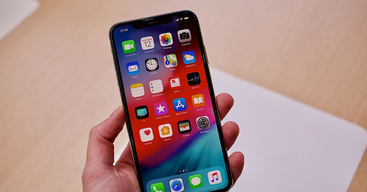 iPhone XS and XS Max: hands-on with Apple's giant new phone - Dotemirates