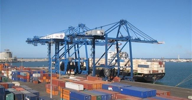 مصر تعدل الرسوم الجمركية على بعض الواردات وتضيف أصنافا جديدة - دوت امارات