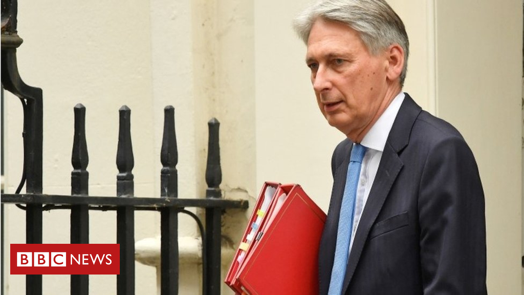 Hammond: 'Shock' of financial crisis still with us - Dotemirates