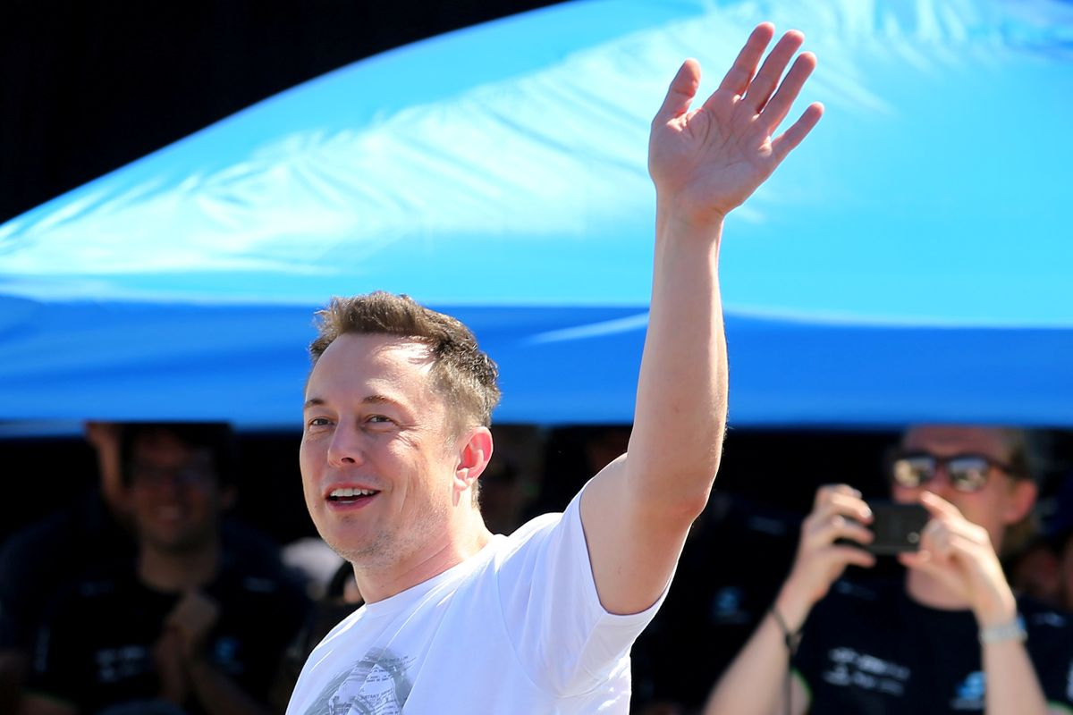 Tesla investor says Elon Musk 'needs help ... psychologically as much as practically' - Dotemirates