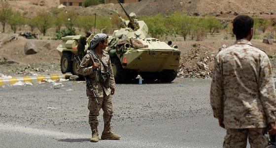 الجيش اليمني يعلن اقترابه من فرض سيطرة كاملة على مديرية الملاجم بمحافظة البيضاء - دوت امارات