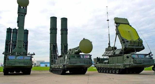 """""""الناتو"""" ينذر روسيا بشأن منظومتها الصاروخية الجديدة - دوت امارات"""