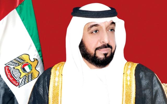 خليفة ومحمد بن راشد ومحمد بن زايد يهنئون رئيسي رومانيا وأفريقيا الوسطى - دوت امارات