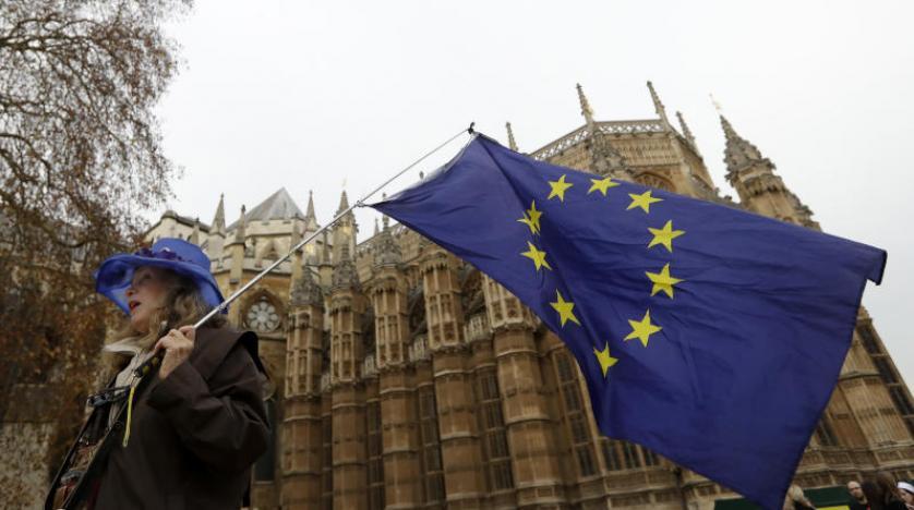 «بريكست» يُفقد قطاعي المصارف والتأمين البريطانيين 4000 وظيفة - دوت امارات