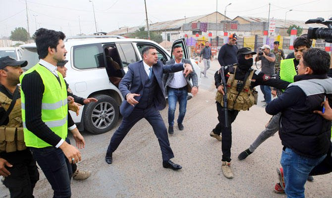 Angry clashes force Iraqi PM to cancel Cabinet vote - Dotemirates