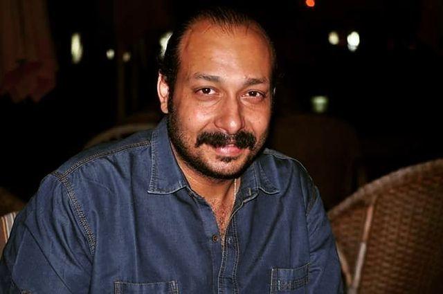 """محمد ثروت يبدأ """"نصب تذكاري"""" الأسبوع المقبل - دوت امارات"""
